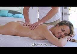 Massagem com sexo fica bem melhor