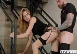 HD de sexo fudendo a magrinha branquinha